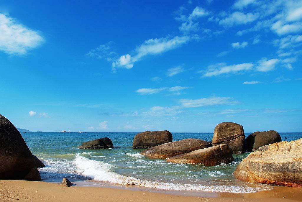 【海洋精灵】海南三亚双飞4晚5日跟团游<全程四晚连住海边度假酒店豪华海景房  B45>