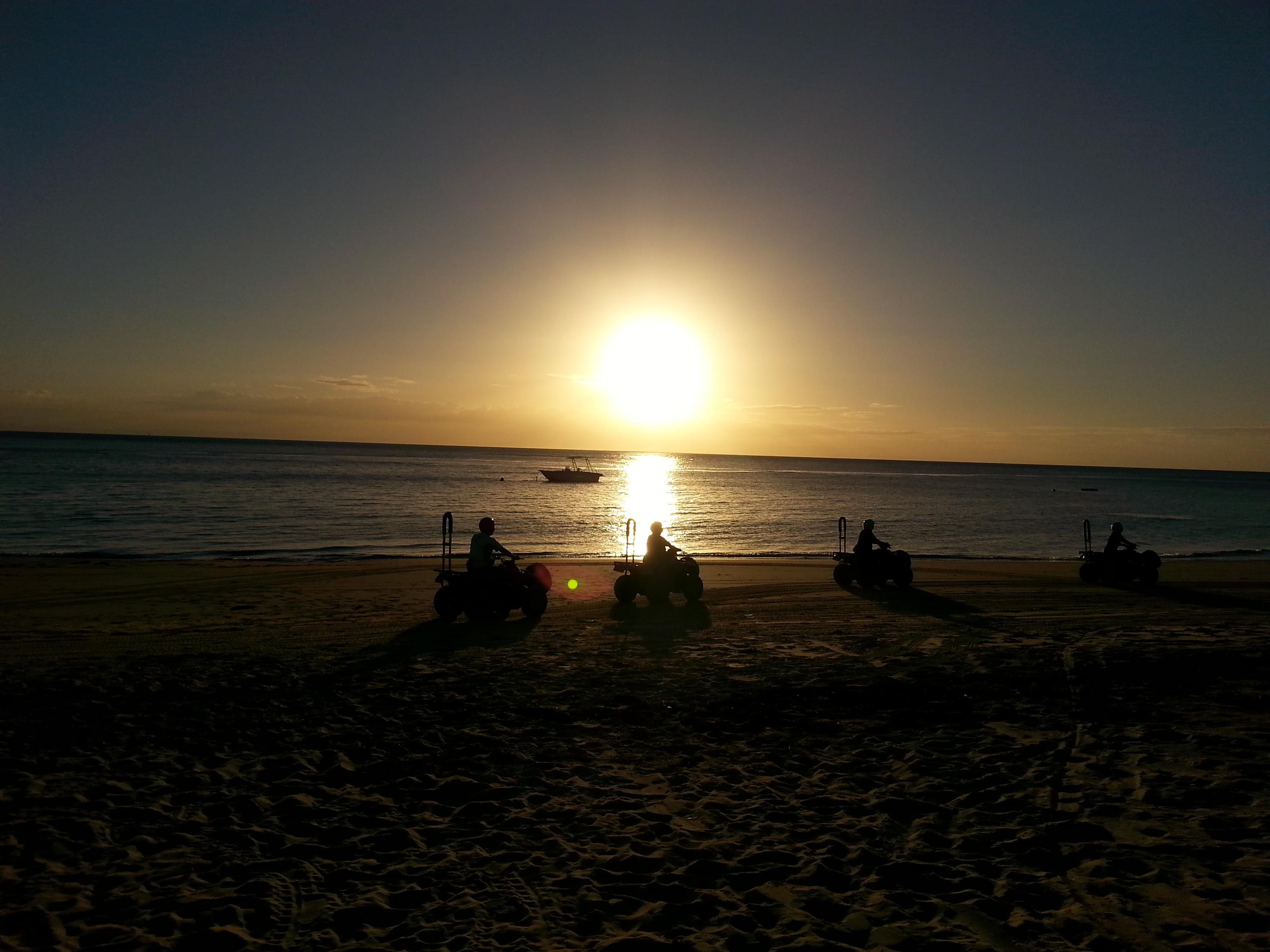 澳新双船邂逅海豚岛之旅12日跟团游<爱的行走之- 南半球去撒欢儿 A19>