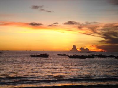 巴厘岛双飞6晚8日跟团游<【五星巴厘】两天自由活动,入住4晚海边国际五星酒店+3晚五钻泳池别墅 A01>