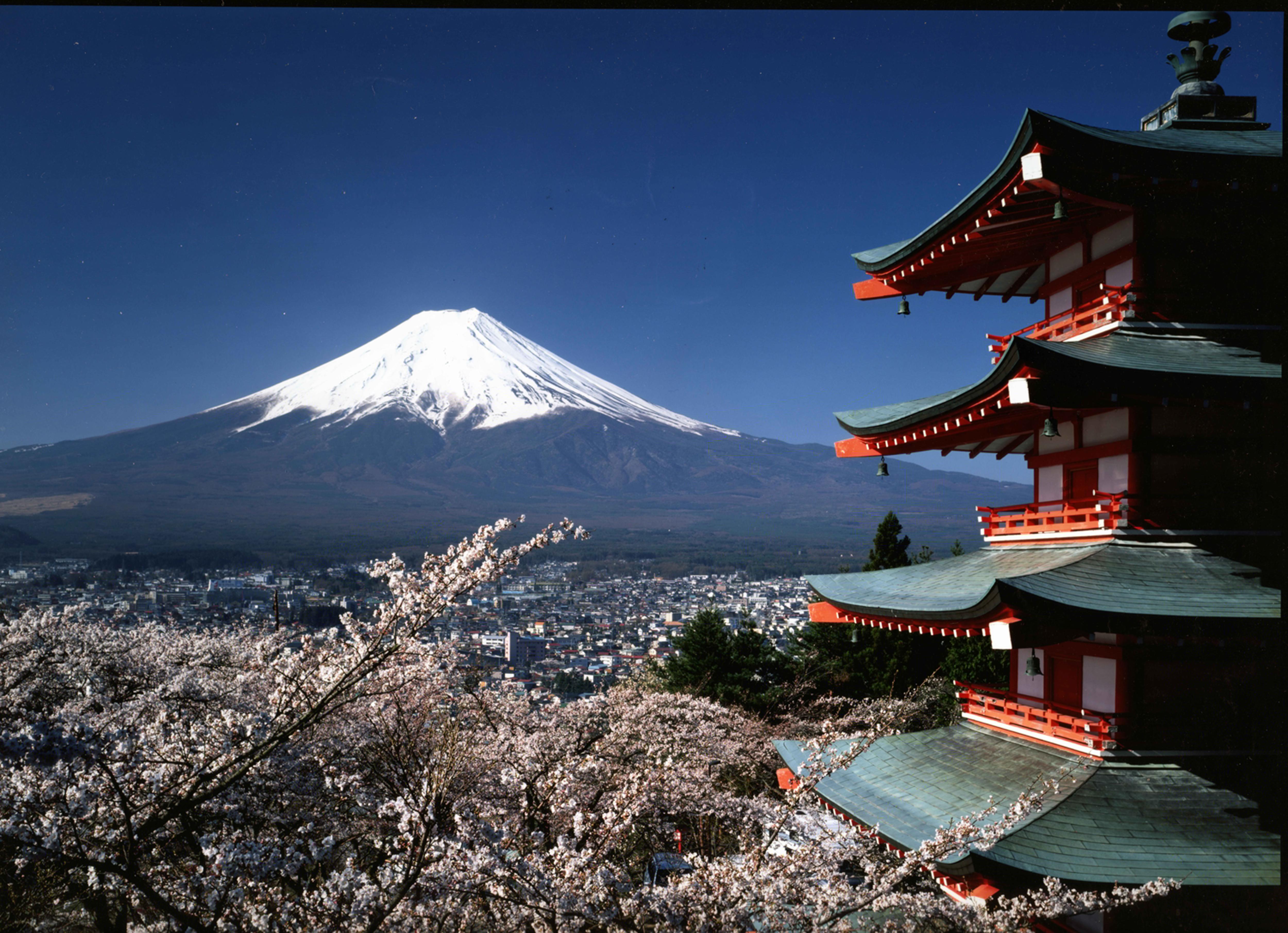 日本本州全景双飞7日跟团游<一天自由活动,走遍本州岛,南航直飞,两点进出  A46>